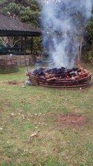 preparing_the_umu_for_celebrations.jpg
